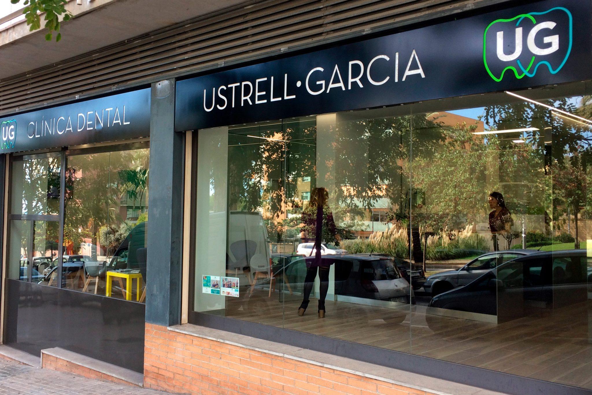Diseño de imagen exterior Clínica dental de Mataró